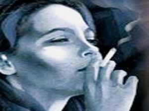 تدخين النساء يؤثر على الوجه